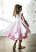 Ніжно рожева сукня на дівчинку на випускний в садочок
