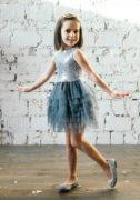 Сіра сукня з срібними паєтками та спідничкою з фатином на дівчинку