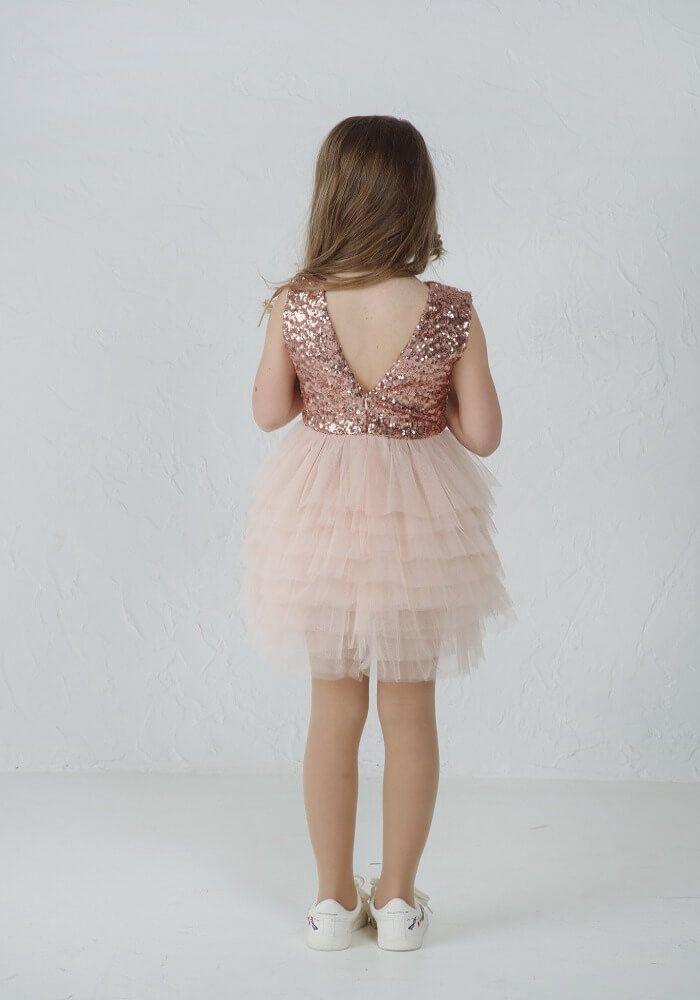 святкові сукні з паєтками на дівчаток