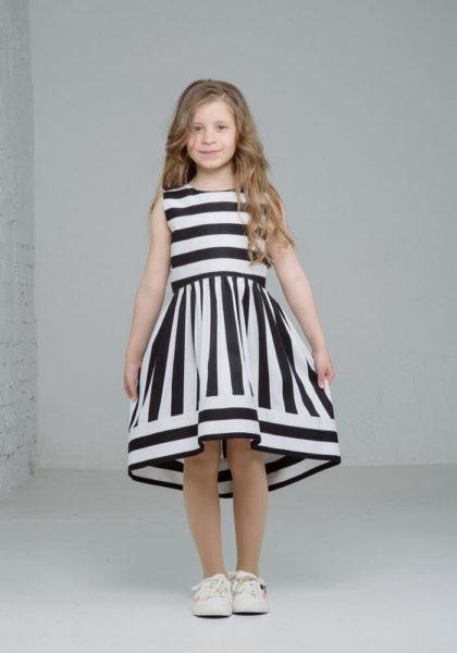 Стильное платье на девочку в полоску