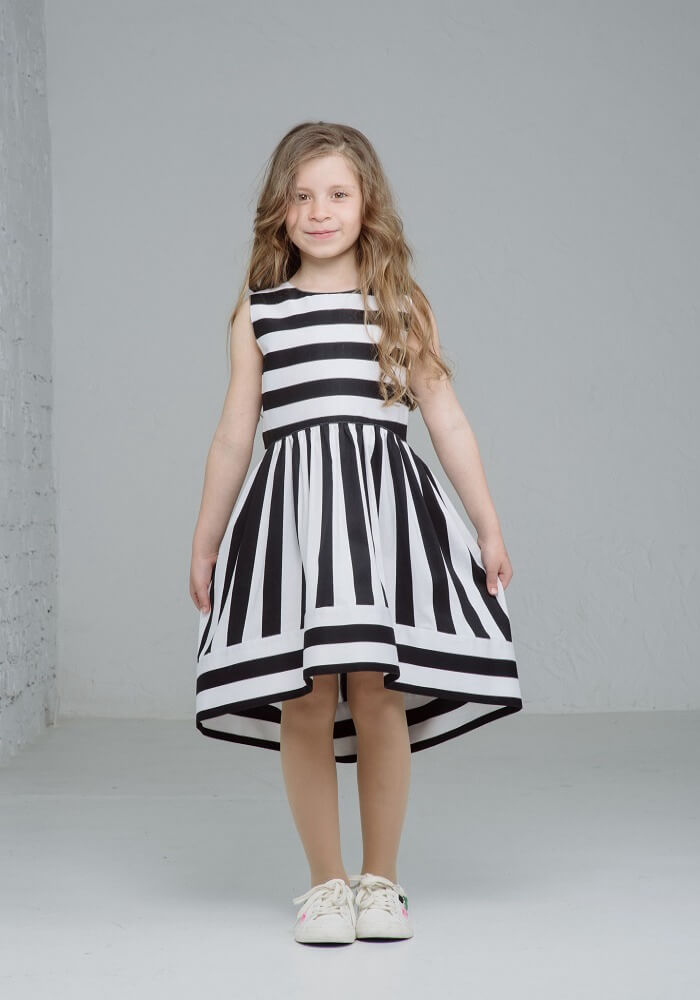Стильное платье на девочку в полоску  Сукня в полоку на дівчинку літня 64b25f445c317