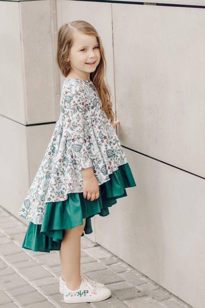 ... сукня на дівчинку з зеленою вставкою  Красивое нарядное платье девочке  5 лет 145e0726acb1f