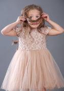 Ажурное бежевое платье девочке
