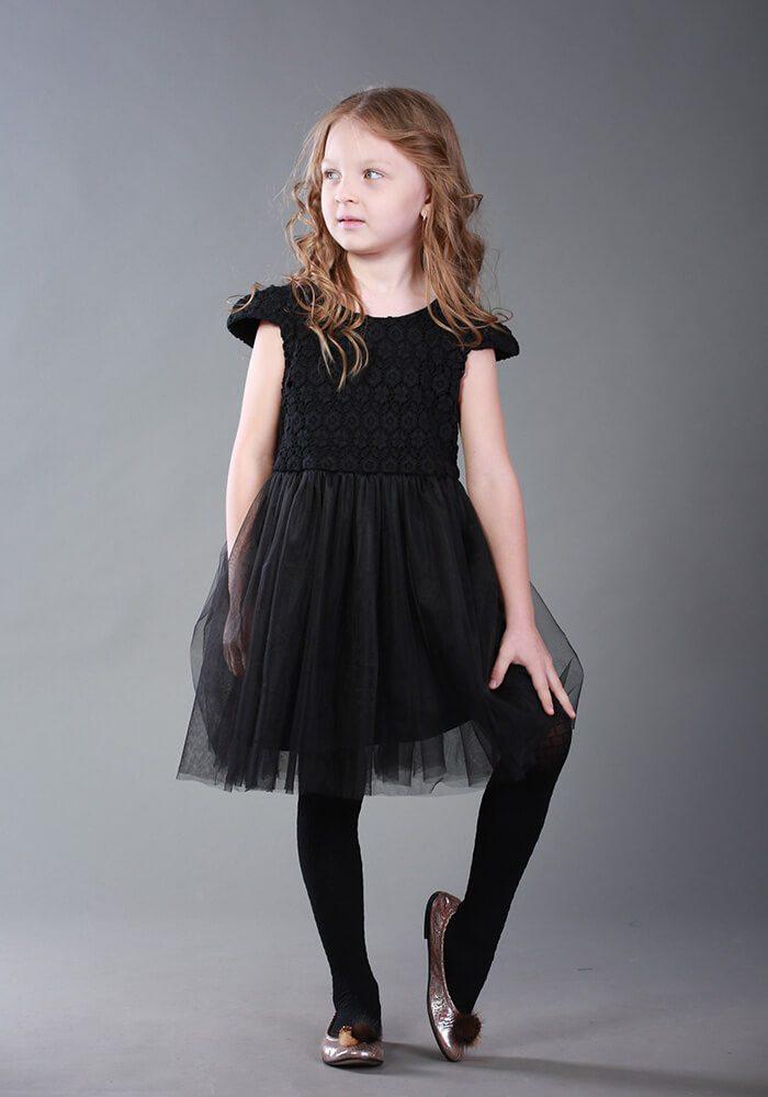 Чорна нарядна сукня на дівчинку
