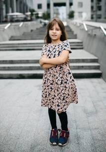 Платье с цветочками на девочку