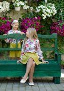 Яркие блузочки на девочек