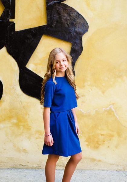 Синий костюм на девочку