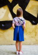 Синя спідничка на дівчинку