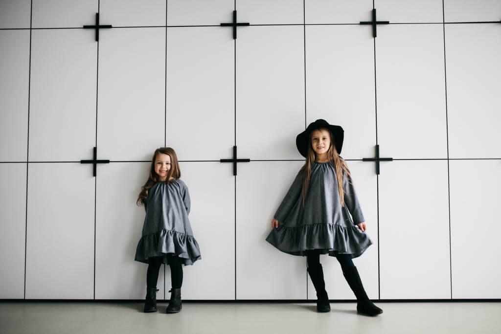 Очаровательные платья на девочек разных фасонов