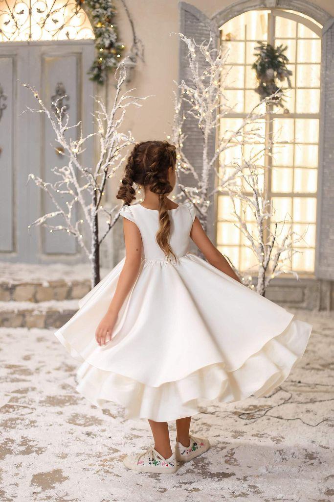 Белое платье с воланами на девочку - красивая ткань, красиво смотрится, для девочки от 1 до 12 лет