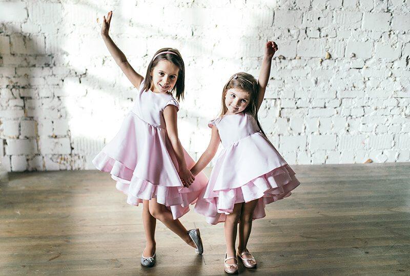 Святкові рожеві платтячка для дівчаток