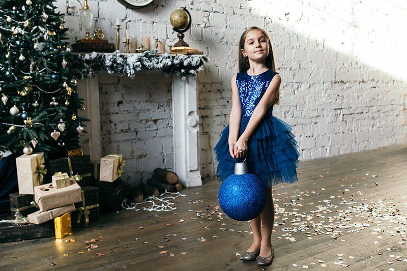 Синє нарядне плаття на дівчинку з паєтками