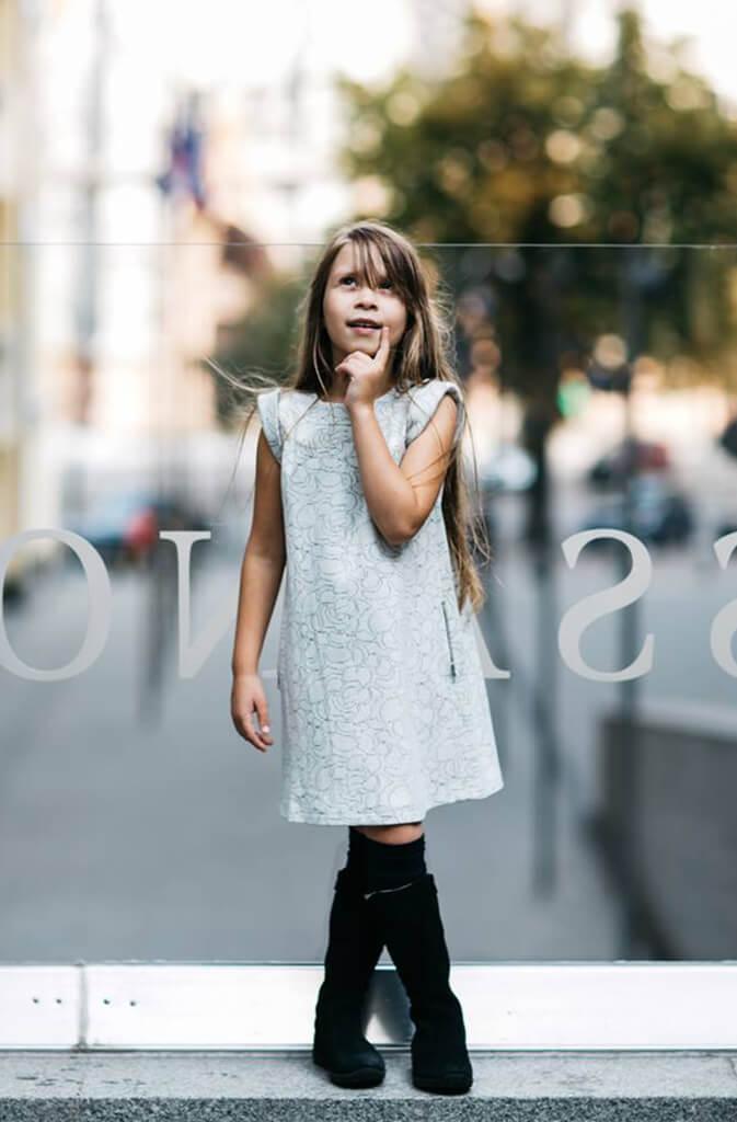 Красивое ежедневное платье на девочку