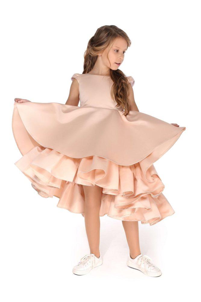Нежное платье на девочку с воланами на девочку