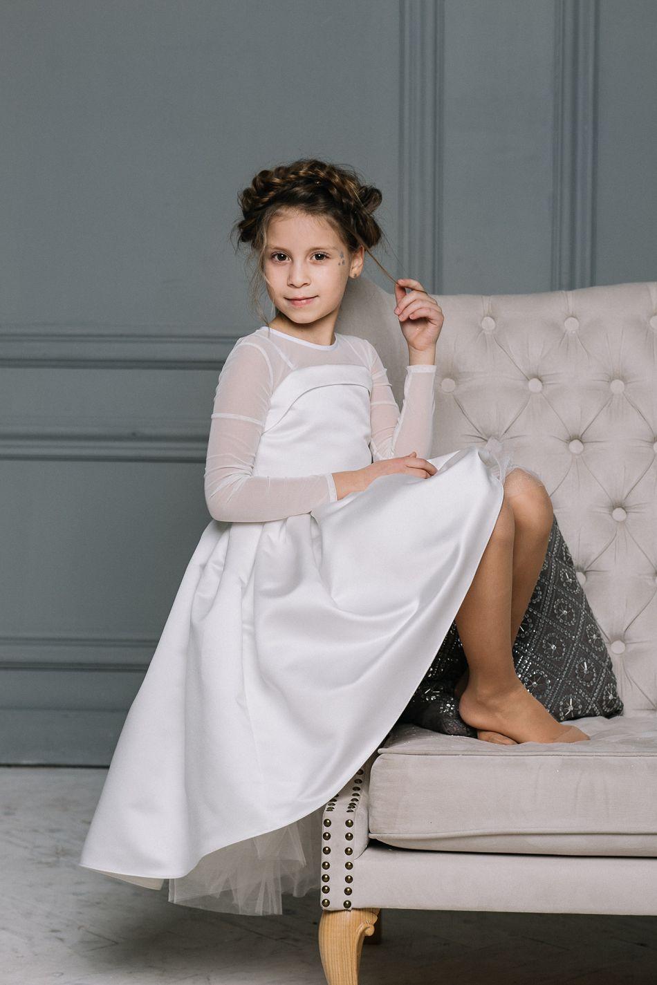 ... Біла святкова сукня на дівчинку ... 2ab16bfd995f8