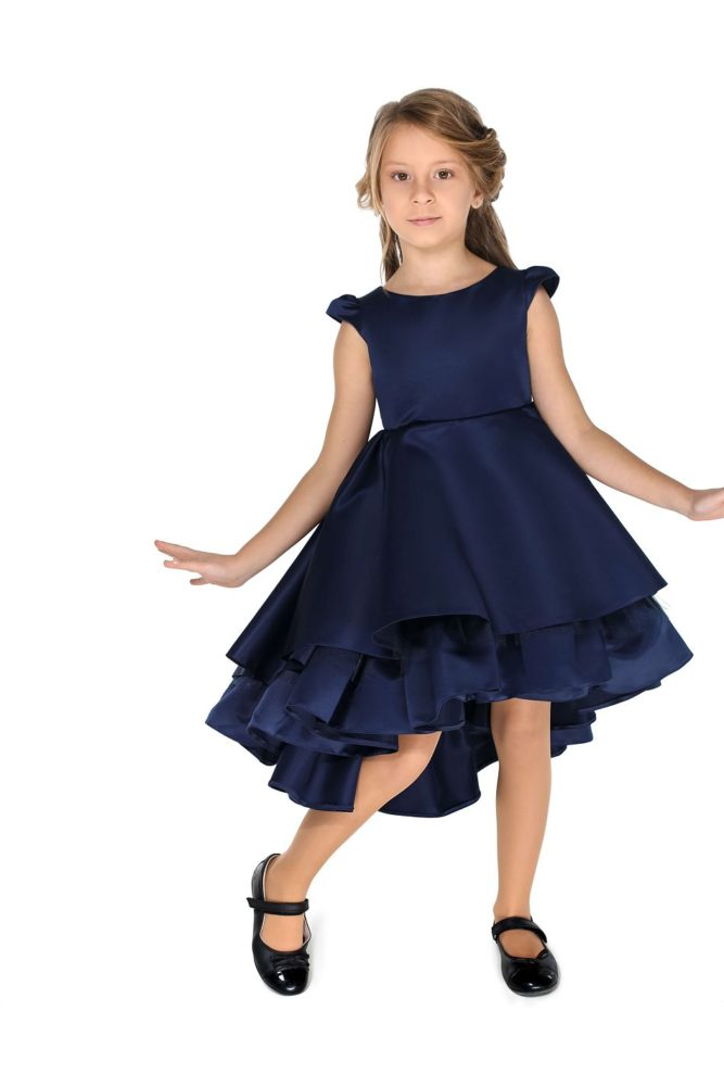 Красивое нарядное платье на девочку синее