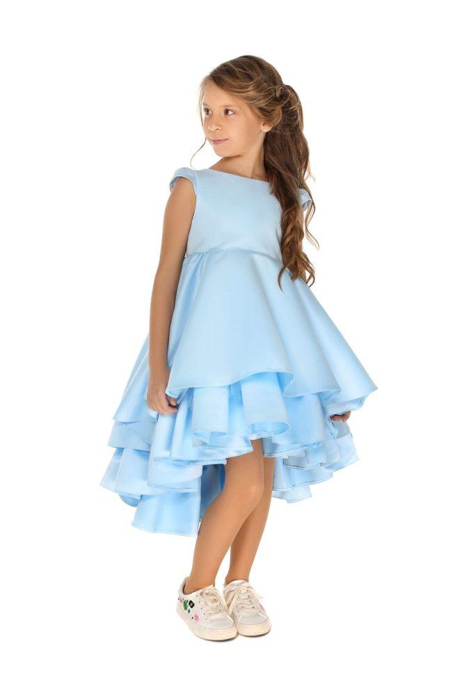Світло блакитне плаття на дівчинку нарядне