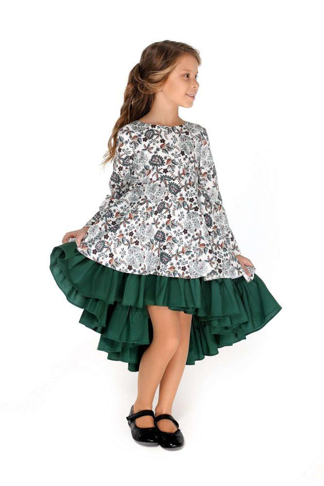 Очаровательное платье на девочку нарядное зеленое
