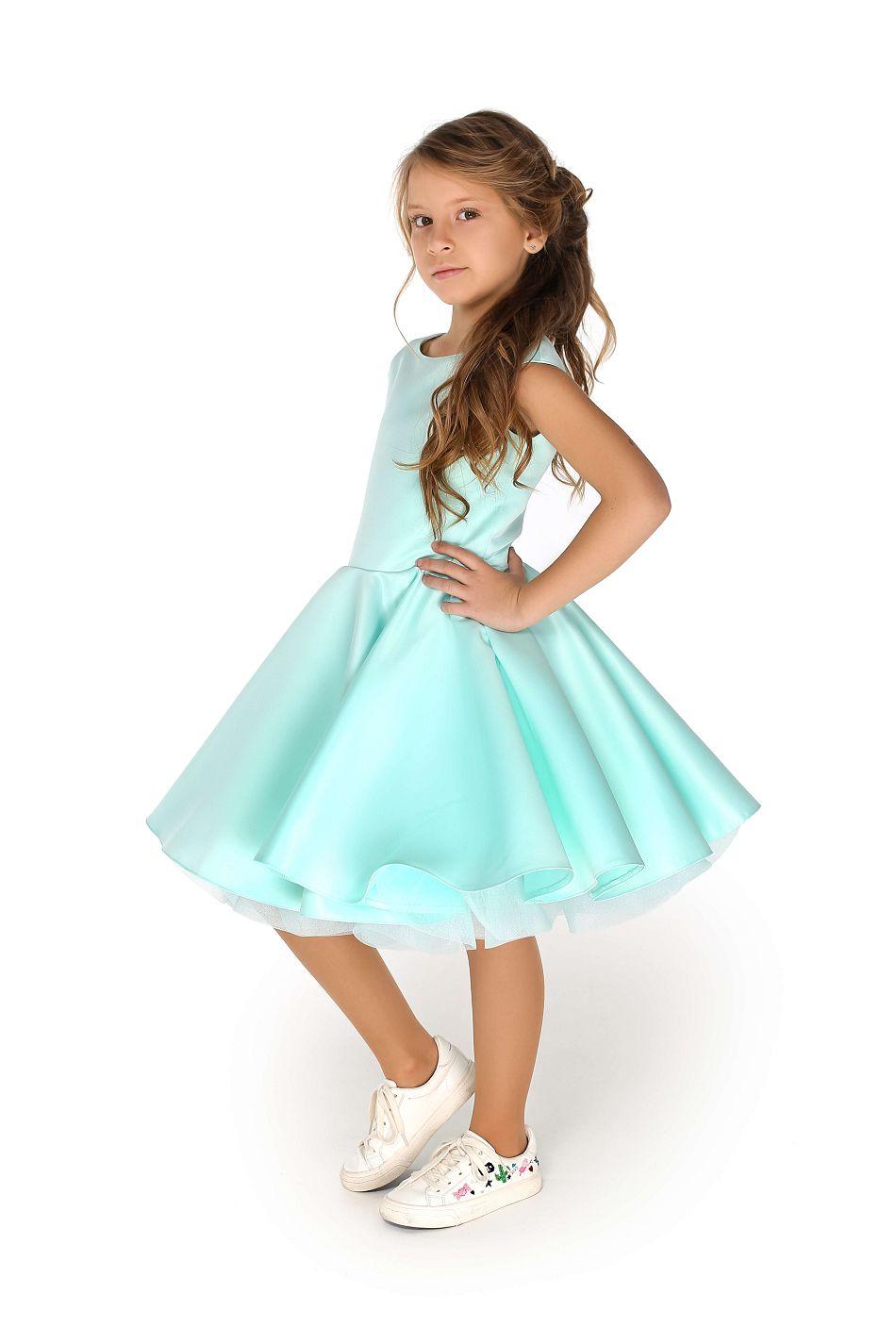 Святкова сукня м'ятного кольору на дівчинку