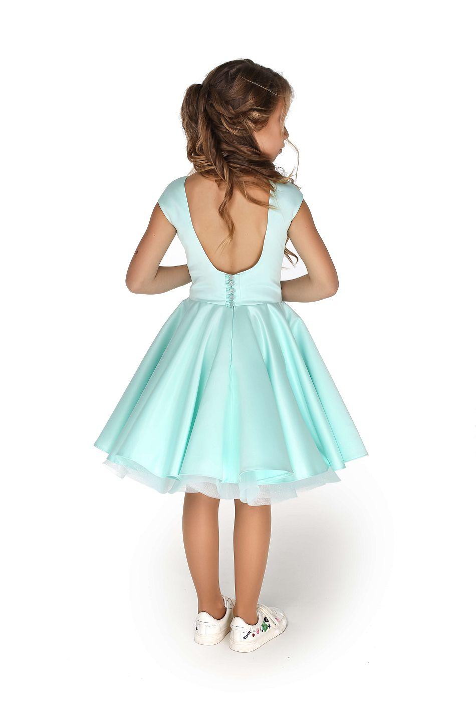 Нарядное платье на девочку мятного цвета пышное