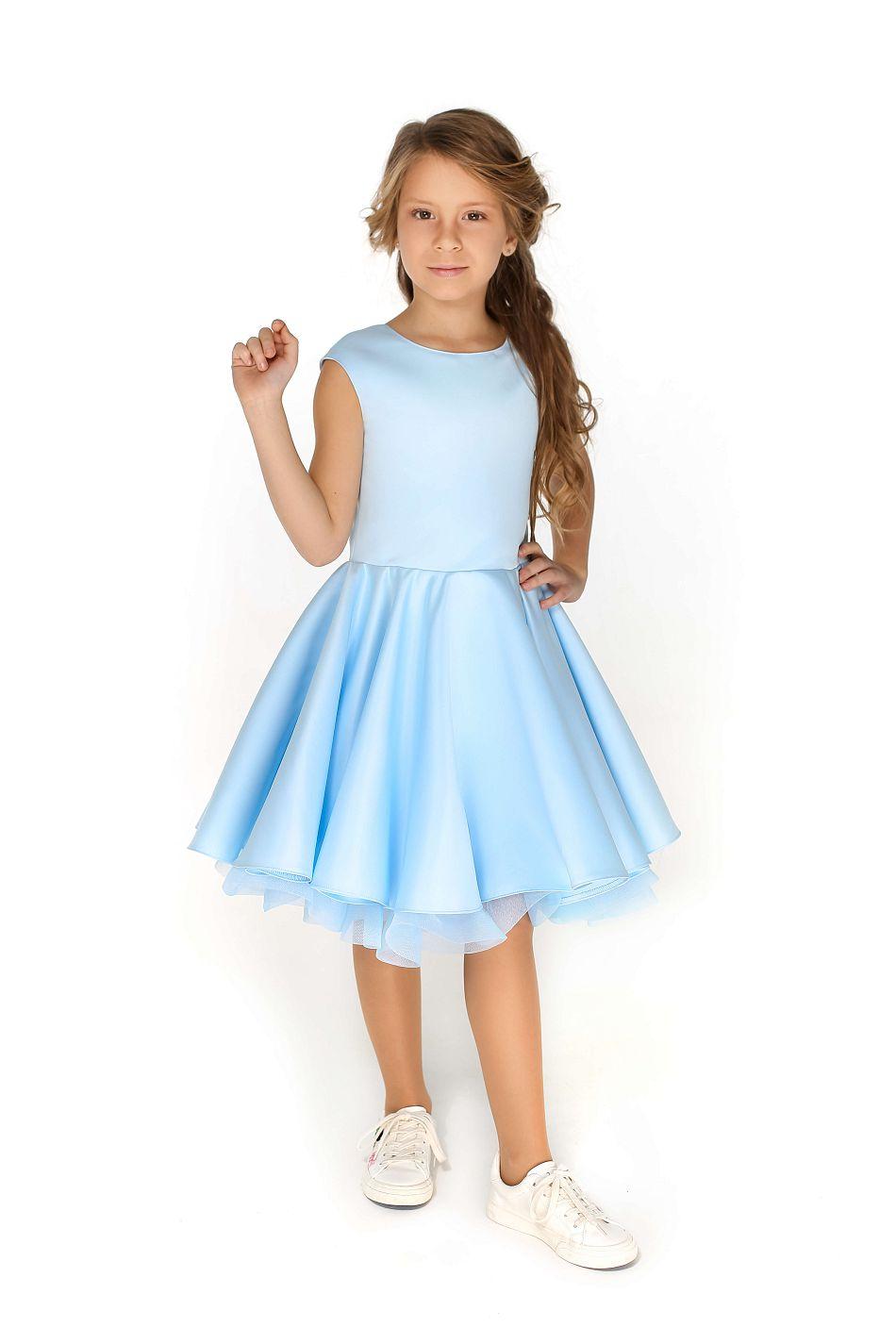Нарядна пишна сукня на дівчинку на випускний