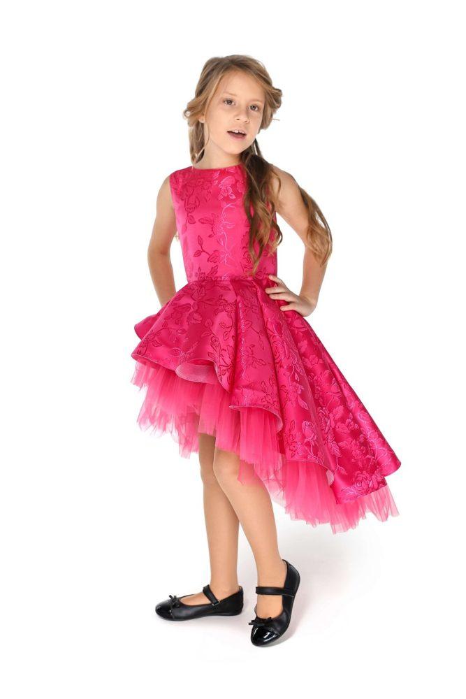 Малиновое платье на девочку для выпускного в сад