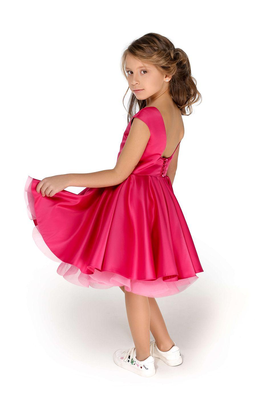 красивое нарядное платье на девочку розовое