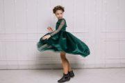 Изумрудное платье на девочку