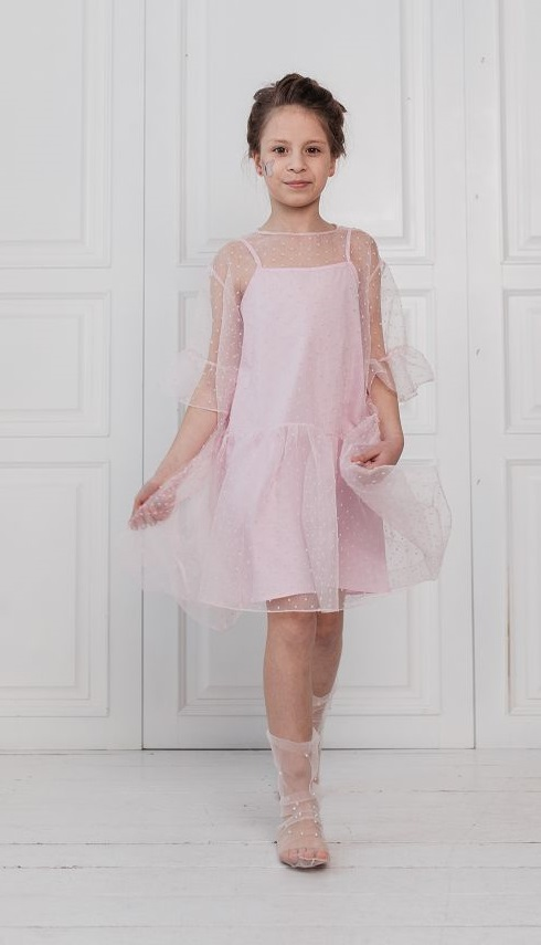 19fad23518ea01 Святкові сукні для дівчаток. Стильні моделі дитячих суконь на свято ...