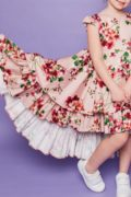 сукня в квіти на дівчаток