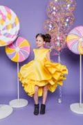 красивое желтое платье на девочку